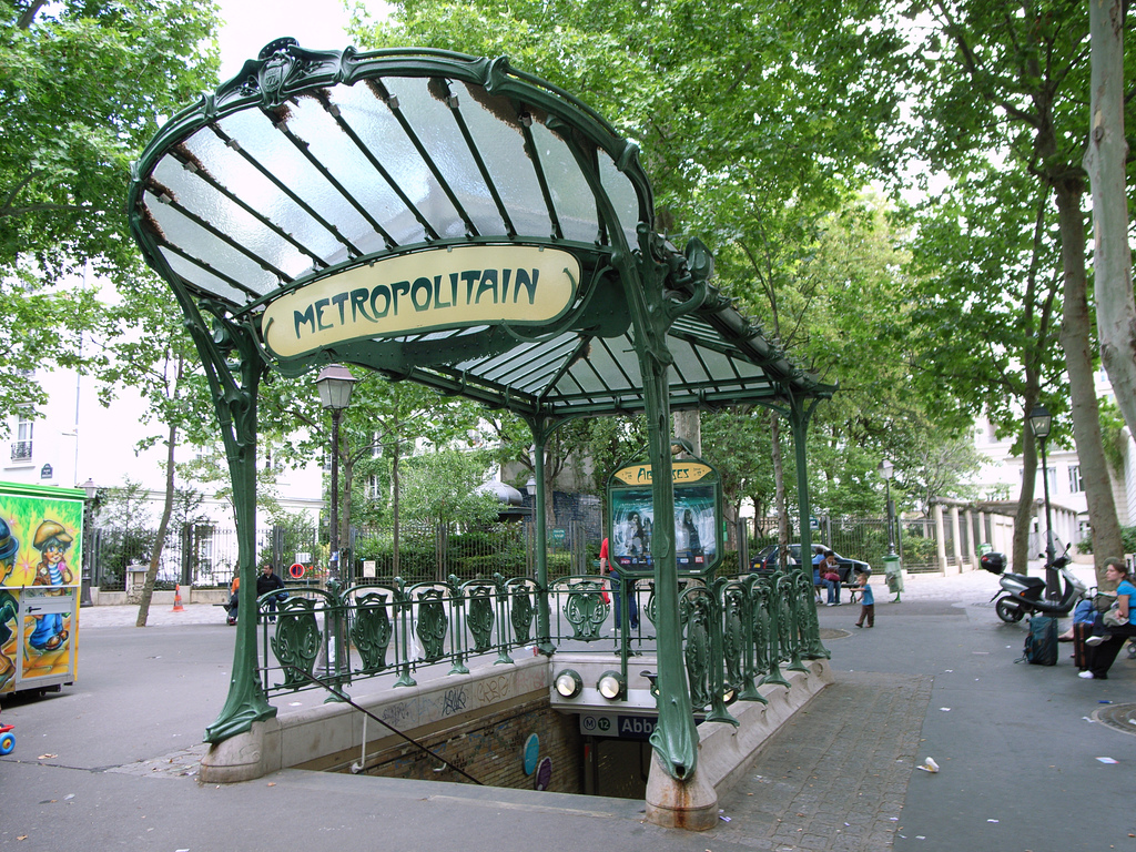 abbesses_station entrancejpg