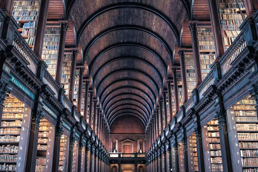 books-shelves-architecture-wood-442420